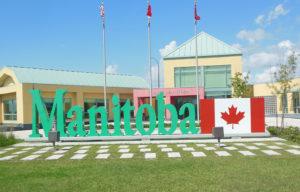 Manitoba Cải Thiện Quy Trình Xác Thực Bằng Cấp Nước Ngoài Tạo Thuận Lợi Cho Người Nhập Cư