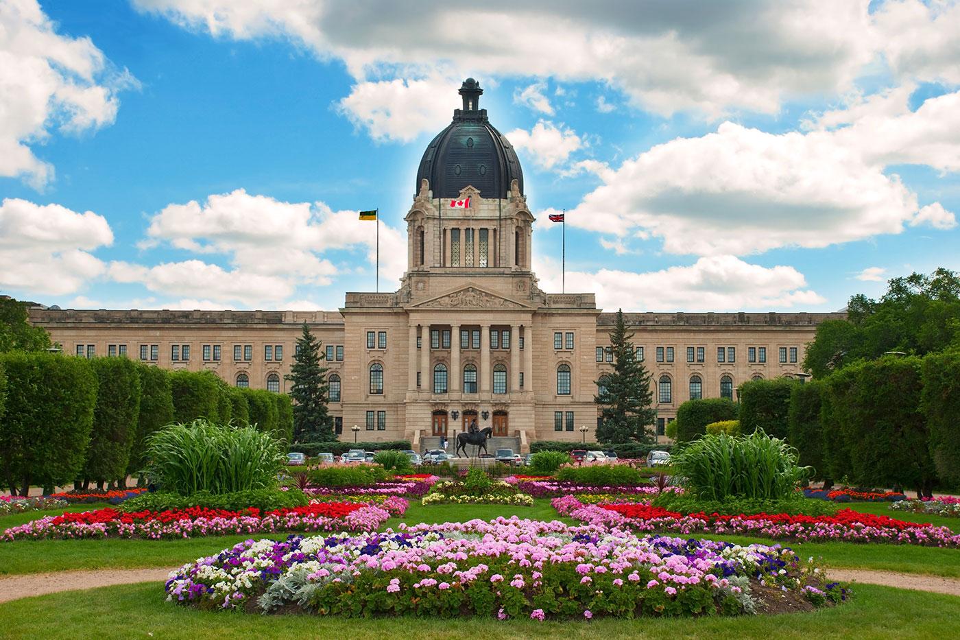 Lái Xe  Ở Tỉnh Bang Saskatchewan, Canada