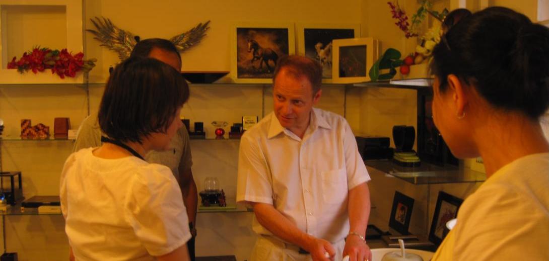 Nghị sĩ Kevin Lamoureaux bang Manitoba thăm và có buổi làm việc cùng văn phòng Kornova Việt Nam