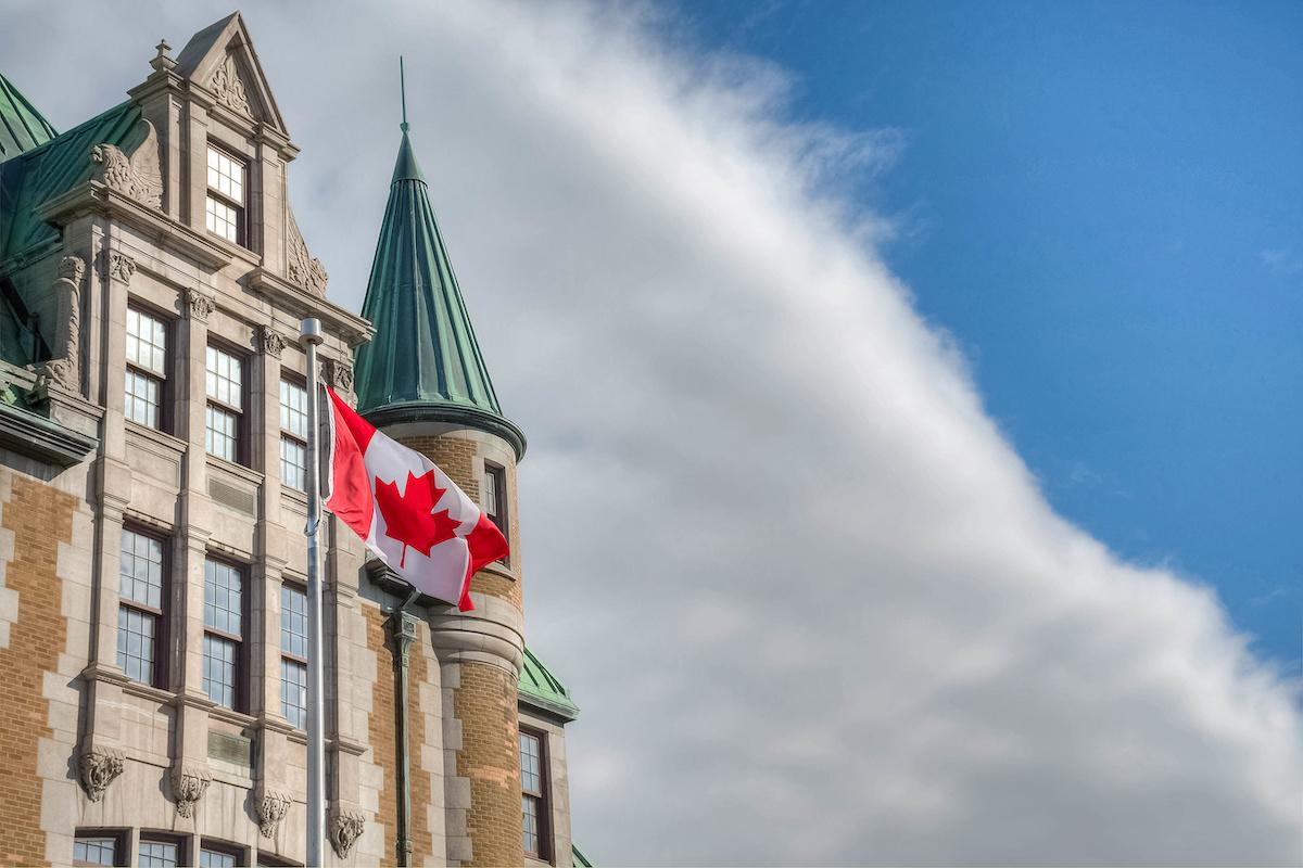 Nếu Tôi Có Người Phụ Thuộc, Người Thân, Hoặc Bạn Bè Sống Ở Một Nơi Khác Ở Canada, Sẽ Làm Đơn Của Tôi Bị Từ Chối Tự Động?