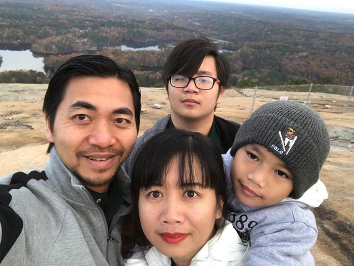 Chị Trần Vân Anh Và Gia Đình