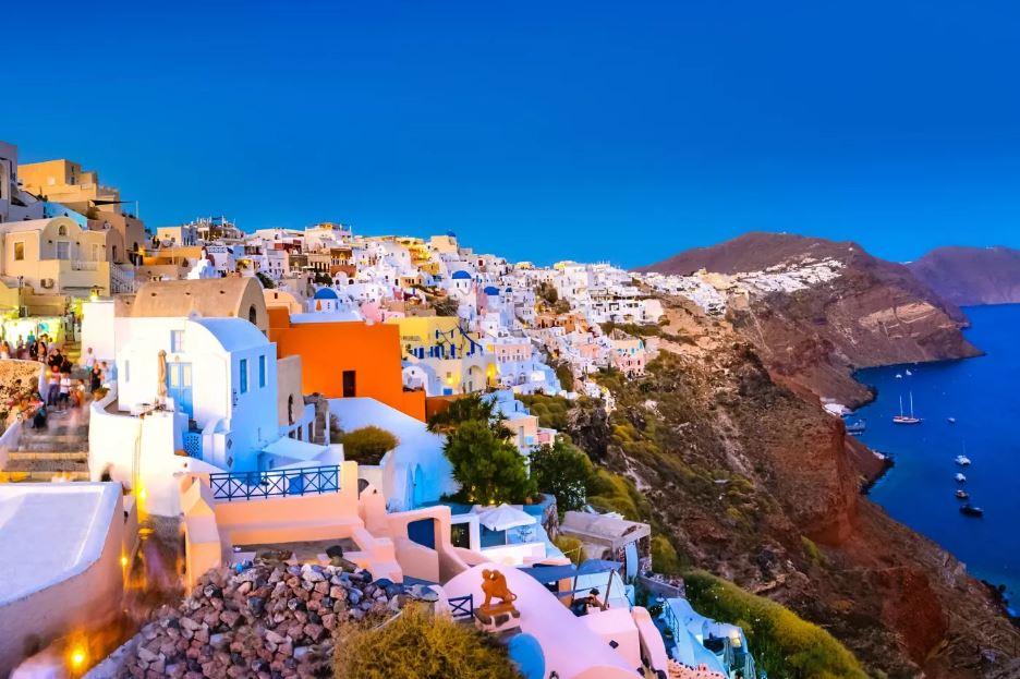 Nhà Đầu Tư Chương Trình Thị Thực Vàng Hy Lạp Sẽ Được Miễn Thuế Bất Động Sản