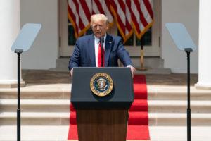Tổng Thống Trump Tiếp Tục Ký Sắc Lệnh Đình Chỉ Cấp Visa Diện Lao Động Nước Ngoài Sau Sắc Lệnh Ngày 22/04