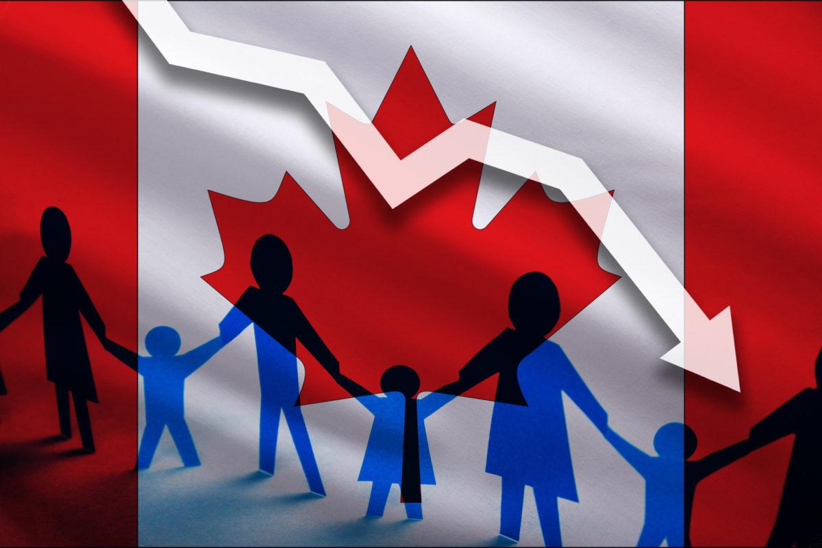 Mức Tăng Trưởng Dân Số Canada Thấp Kỷ Lục Do Covid-19