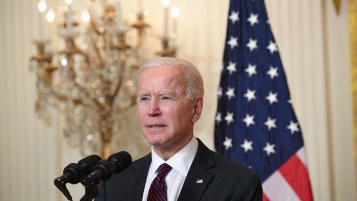 Tổng Thống Biden Thu Hồi Sắc Lệnh Ngưng Cấp Một Số Loại Visa Do Cựu Tổng Thống Trump Ban Hành