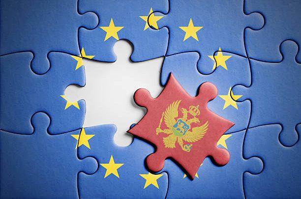 Viên Kim Cương Thô Montenegro Trong Số Các Chương Trình Đầu Tư Nhập Tịch