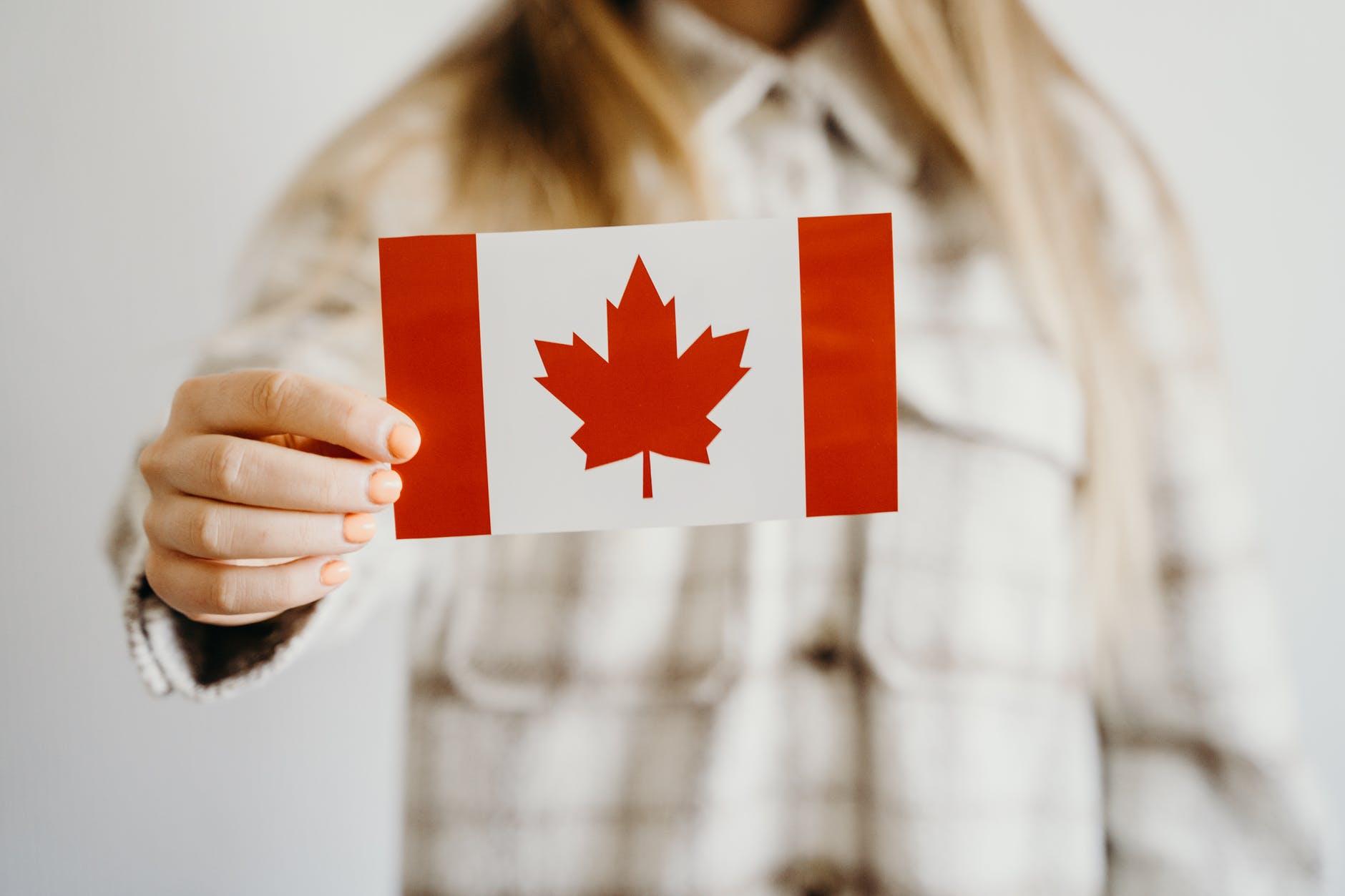Các Chương Trình Đề Cử Tỉnh Bang Canada Tăng Tốc Tổ Chức Rút Thăm Mời Ứng Viên