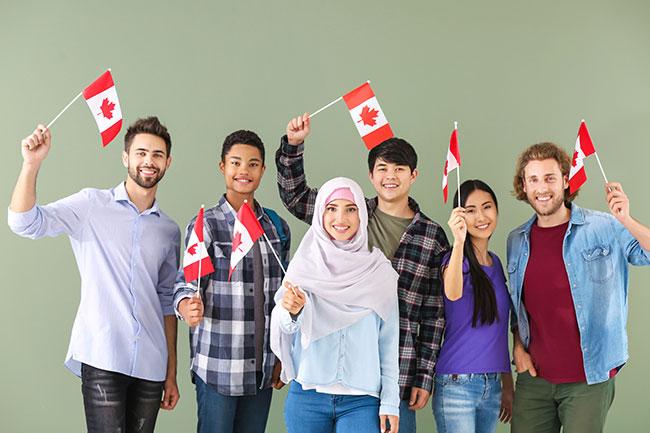 Chính Phủ Canada Đầu Tư Hàng Triệu Đô La Hỗ Trợ Hội Nhập Cho Người Mới Đến Định Cư